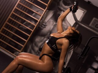AnyaCharming show nude cam